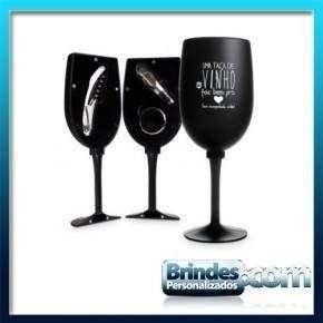 Kit vinho no formato de taca
