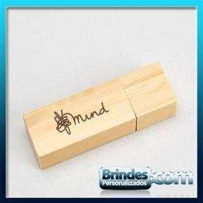 Pen Drive de bambu Sustentavel